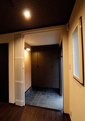 第二寮玄関